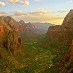 Zion_angels_landing_view1-999x1024